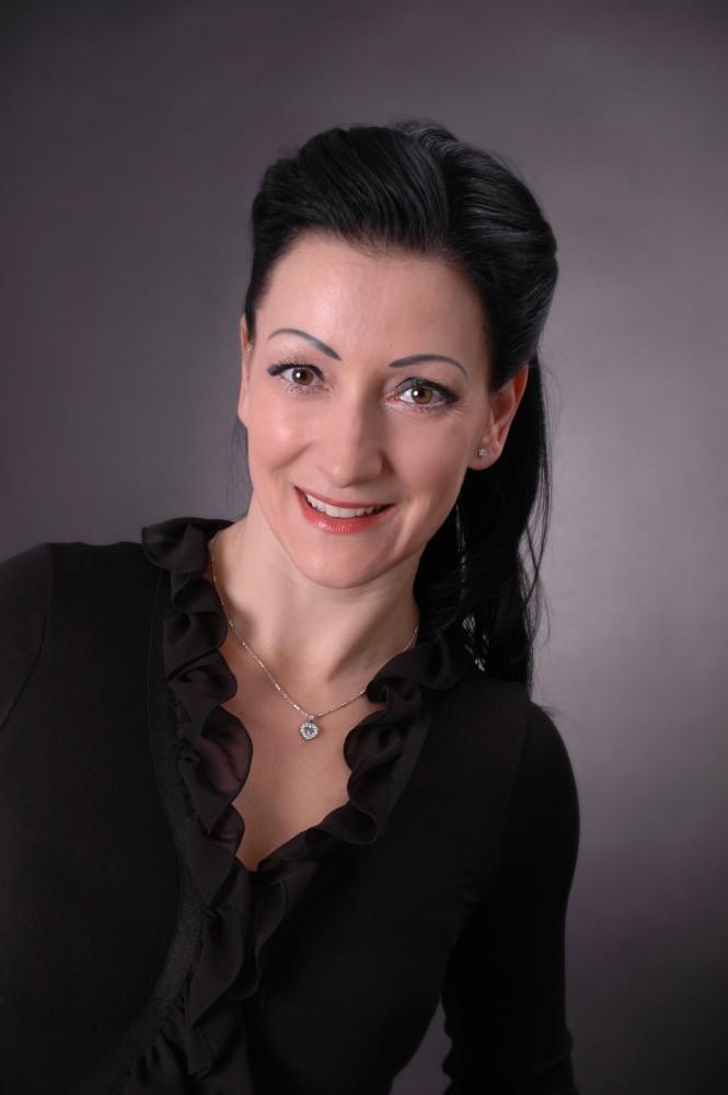 Sabine Lax